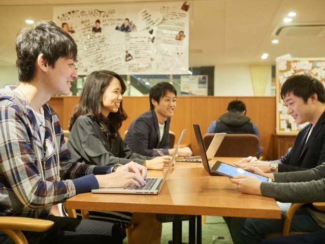 プログラマカレッジは未経験からプログラマーを目指す20代にオススメ